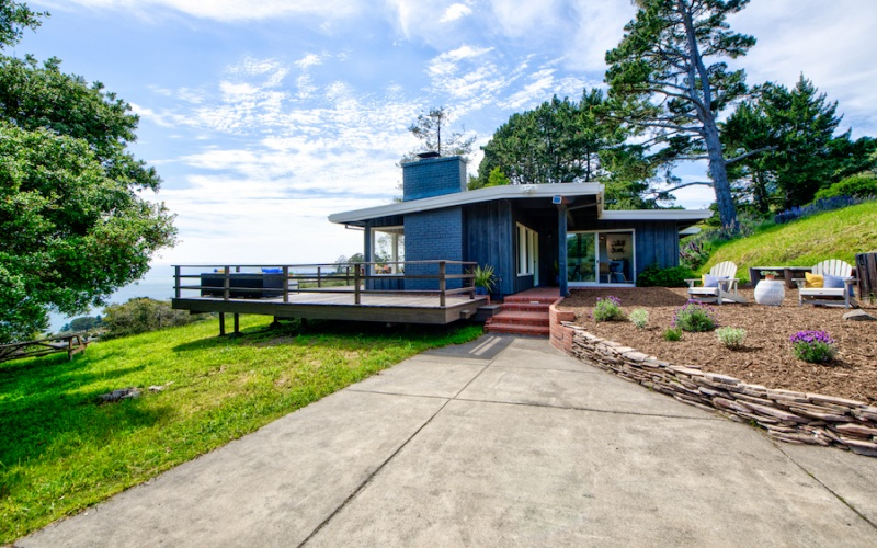 Stinson Beach,94970,2 Bedrooms Bedrooms,4 Rooms Rooms,1 BathroomBathrooms,Single Family Home,Avenida Las Baulinas,1035
