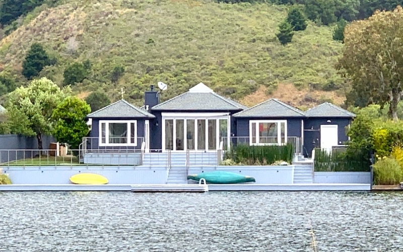 Stinson Beach,94970,3 Bedrooms Bedrooms,7 Rooms Rooms,2 BathroomsBathrooms,Single Family Home,Dipsea Road,1048